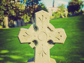 Retro looking Glasgow cemetery — Stock Photo