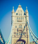 Vintage stil tower bridge london — Stockfoto