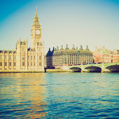 Vintage look Houses of Parliament London — Stock Photo