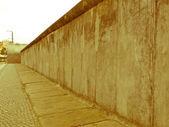 Retro vypadající berlínská zeď — Stock fotografie
