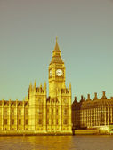 Retro looking Houses of Parliament London — Stock Photo