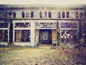 Look retrò abbandonata fabbrica — Foto Stock