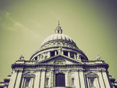 Vintage sepia St Paul Cathedral, London — Stock Photo