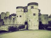 Vintage sepia tower von london — Stockfoto