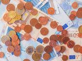 欧元硬币和纸币 — 图库照片