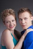 Young beautiful portrait of happy couple in love — Foto de Stock