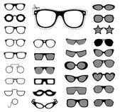 Set of sunglasses and glasses. — Stock Vector