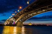 Bridge on a quiet night — Stock Photo