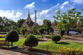 Templo de wat chalong en día soleado phuket tailandia — Foto de Stock