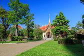 Temple de Wat chalong à jour ensoleillé phuket Thaïlande — Photo