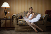 Professional ballet dancer talking on the phone — Stock Photo
