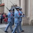 Ceremonial changing of the Guards at Prague Castle — Stock Photo