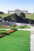 Gardens at the Schonbrunn Palace in Vienna, Austria — Stock Photo