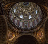 St. Stephen's Basilica in Budapest. — Stock Photo