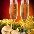 Two glasses of sparkling wine on christmas and new year decorati — Foto de Stock