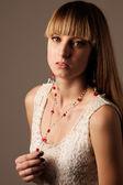 Moda piękny portret pięknej młodej kobiety — Zdjęcie stockowe