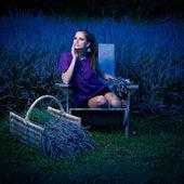 Beautiful young woman on lavander field at dusk - lavanda girl — Stock Photo