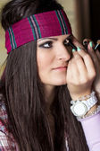 Make-up-mädchen mit band — Stockfoto