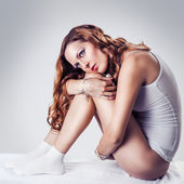 Beautiful woman in white cotton lingerie — Stock Photo