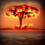 Постер, плакат: Modern nuclear bomb explosion
