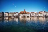 Prachtig uitzicht. luzerne dijk, zwitserland — Stockfoto