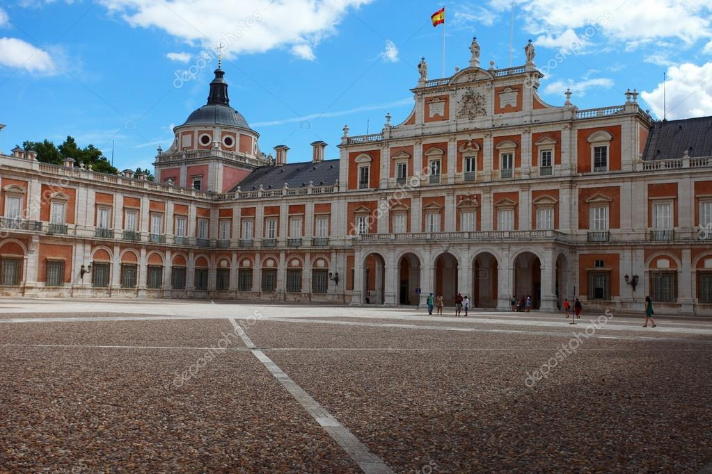 The Royal Palace of Aranjuez. Madrid (Spain)  — Stock Photo #12235881