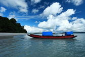 Blue sky and clouds in Havelock island. Andaman islands, India — Photo
