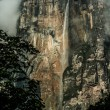 Angel Falls ( Salto Angel ) is worlds highest waterfalls (978 m), Venezuela — Stock Photo