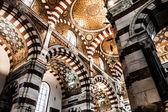 Cathedral Notre-Dame-de-la-Ga rde in Marseille, France, Europe — Stock Photo