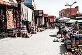 Caroer trh v medíně marrakech, maroko — Stock fotografie