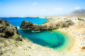 View at bay of Papagayo beach, Playa de Papagayo, Lanzarote — Stock Photo