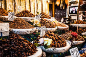 Nuts and dried fruit for sale in the souk of Fes, Morocco — Stock Photo