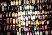 五彩缤纷的摩洛哥拖鞋,马拉喀什 — 图库照片