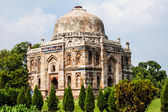 Lodi Gardens. Islamic Tomb (Seesh Gumbad and Bara Gumbad) set in landscaped gardens. 15th Century AD. New Delhi, India. — Stock Photo