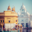Sikh gurdwara Golden Temple (Harmandir Sahib). Amritsar, Punjab, India — Stock Photo