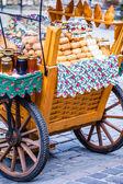 Traditional polish smoked cheese oscypek on outdoor market in Zakopane — Stock Photo