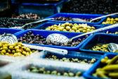 各种各样的市场,特拉维夫,以色列的橄榄 — 图库照片