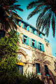 House with palms in Jaffa, a southern oldest part of Tel Aviv - Jaffa — Stock Photo