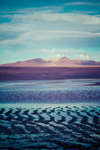 Desert and mountain over blue sky and white clouds on Altiplano,Bolivia — Stock Photo