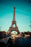 The Eiffel tower is one of the most recognizable landmarks in the world. — Stock Photo