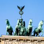 The Quadriga on top of the Brandenburg gate, Berlin — Stock Photo #42505379