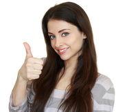 Femme souriante, montrant le pouce vers le haut. ok signe. closeup portrait isolat — Photo