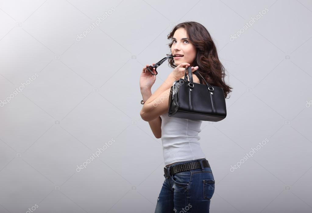 Молодая девка в джинсах фото 13-678