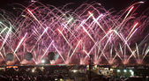 Fireworks during Hot Air Balloon Fiesta — Stock Photo