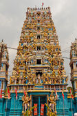 Colorful Hindu temple — Stock Photo