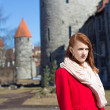 Woman posing in old town of Tallinn — Stock Photo