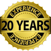 20 years experience golden label with ribbon, vector illustration — Vector de stock