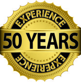 50 years experience golden label with ribbon, vector illustration — Vector de stock