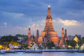 Wat Arun temple , bangkok ,thailand — Stock Photo