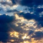 Sunbeam ray light cloud sky twilight color — Stock Photo #50150705